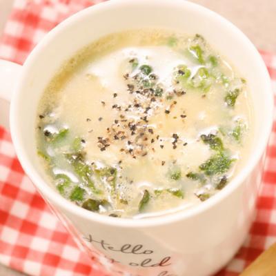 お湯を注ぐだけ!マグカップdeチーズコンソメスープ