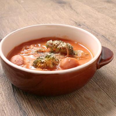 トマトジュースで ブロッコリーのトマトスープ