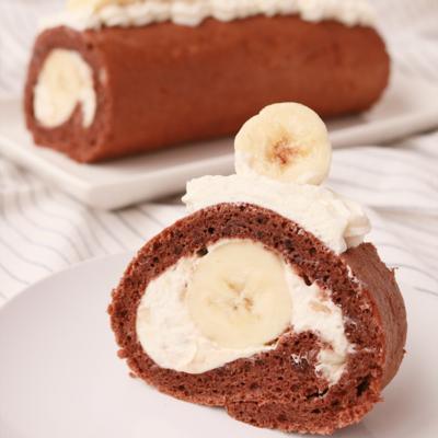 バナナ大量消費 リッチバナナロールケーキ
