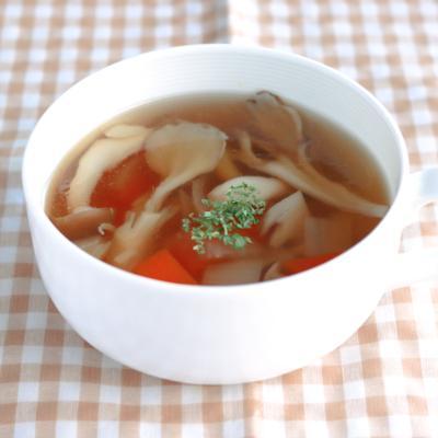 野菜ごろごろ コンソメスープ