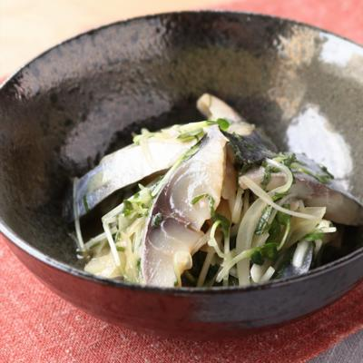 しめ鯖と玉ねぎのポン酢和え