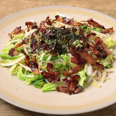 カリカリベーコンと蒸し野菜のサラダ