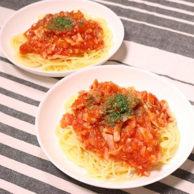 簡単!新玉ねぎとベーコンのトマトパスタ