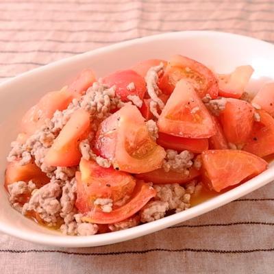 豚ひき肉とトマトの簡単塩こしょう炒め