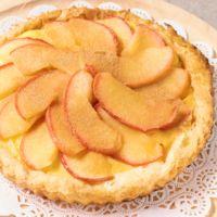 焼きりんごの簡単カスタードタルトパイ