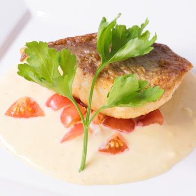 鯛のソテーレモンクリームソース