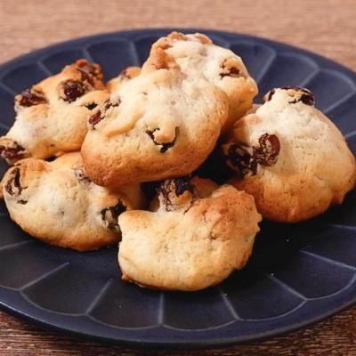 くるみとラムレーズンのドロップクッキー