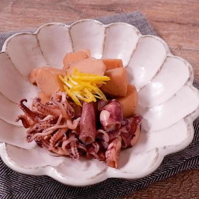 ヒイカと里芋のこっくり煮