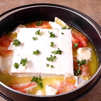 チーズトマト湯豆腐