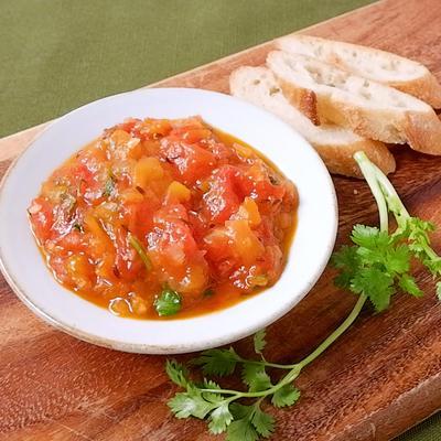 トマトのスパイスチャツネ
