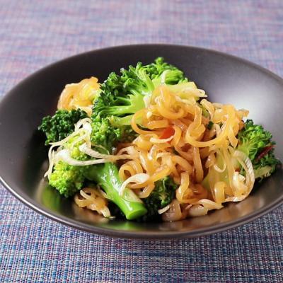 ピリ辛 ブロッコリーとクラゲの中華風和え物