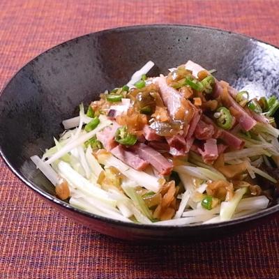 チャーシューとセロリの和え麺