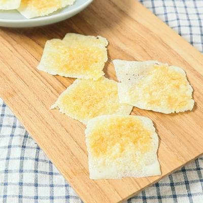 レンジでカリカリチーズせんべい