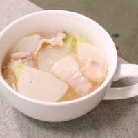 あったまる!豚バラ肉とカブのスープ