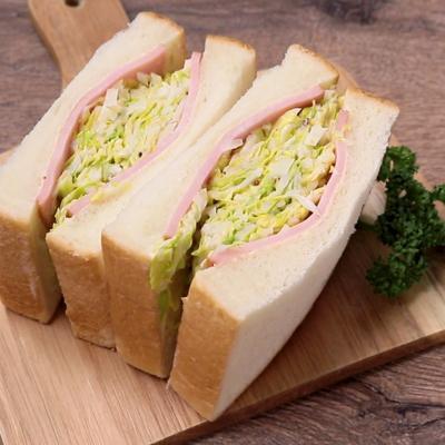 春キャベツたっぷり サンドイッチ