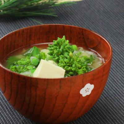 菜の花と豆腐の味噌汁