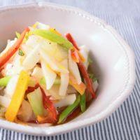 すぐ食べられる カブと彩り野菜のピクルス風