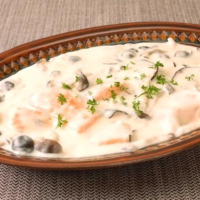 フライパンで簡単 鮭ときのこのクリーム煮