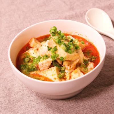おかずにも主食にも!ピリ辛鶏スープ
