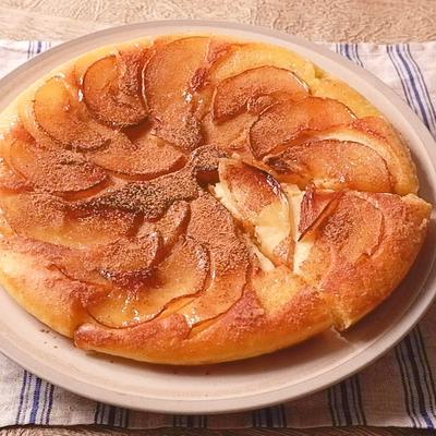 ホットケーキミックスで簡単 タルトタタン風ケーキ