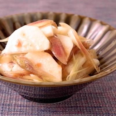 長芋とミョウガの梅肉めんつゆ和え