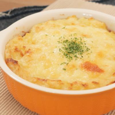 マッシュポテトとコンビーフのチーズグラタン