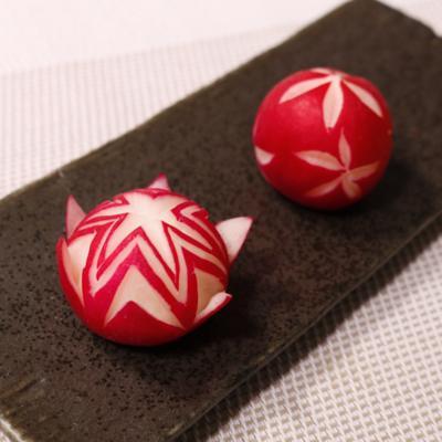 ラディッシュの飾り切り2種