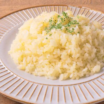 炊飯器で 新玉ねぎのバターライス