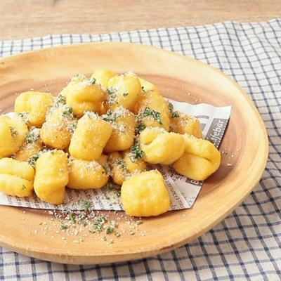 チーズ風味のニョッキのフリット