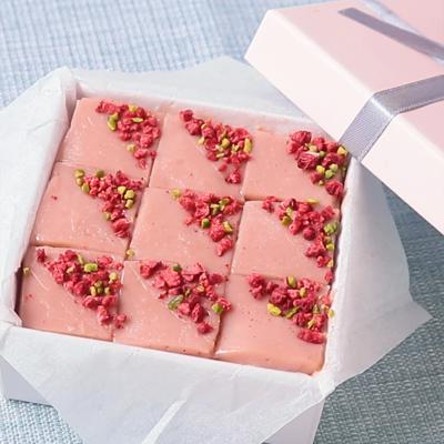 ルビーチョコレートで作る ピンクの生チョコ