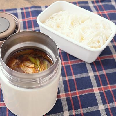 スープジャーで 鶏だしスープのつけ麺弁当