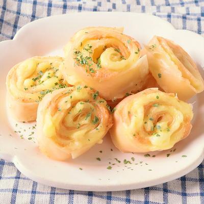 餃子の皮で明太チーズ巻き