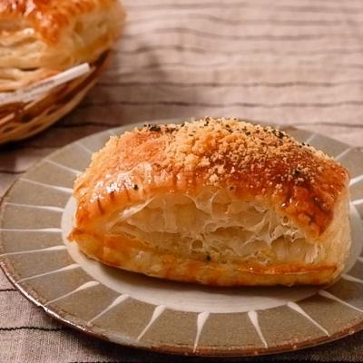パイシートで簡単 粉チーズのサクサク餃子パイ