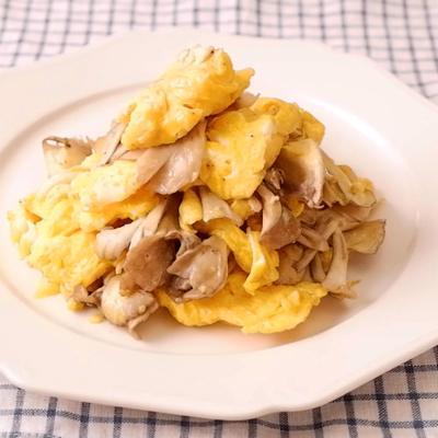 卵とまいたけのマヨネーズ炒め
