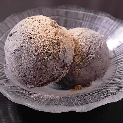 濃厚手作り黒ごまアイス