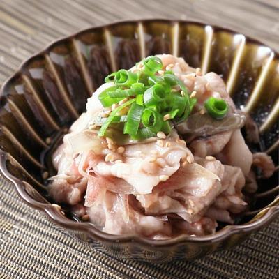 じゅんさいと豚バラ肉の梅小鉢