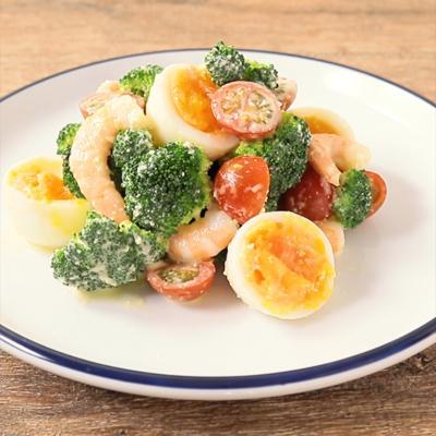 ブロッコリーと卵とエビのごろごろサラダ