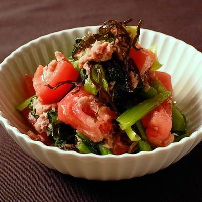 小松菜とトマトの塩昆布和え