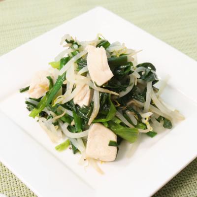 さっぱりシンプル!ニラと鶏肉の野菜炒め