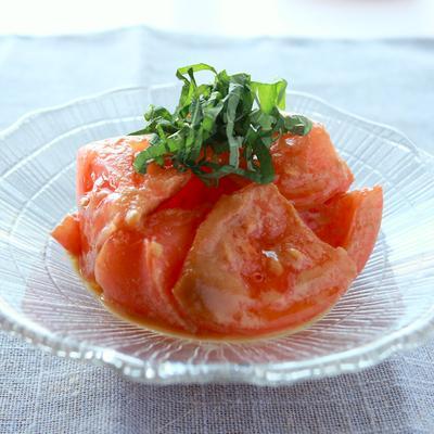 ねりごまで美味しい トマトの胡麻和え