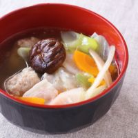 鶏団子入り塩ちゃんこ鍋スープ