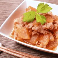 生姜の香りが爽やか!豚バラ肉と大根の生姜煮