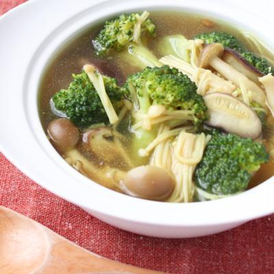 ごろごろブロッコリーときのこのカレースープ