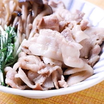 豚バラ肉ときのこのゆず胡椒煮