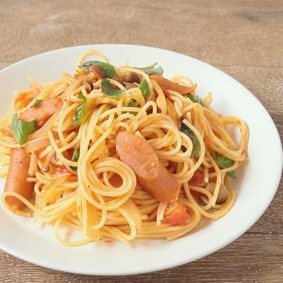 チョリソーとトマトのスパゲティ