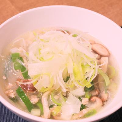 長ネギ生姜と鶏ひき肉のあったかスープ