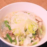 長ネギ生姜と鶏ひき肉のポカポカスープ