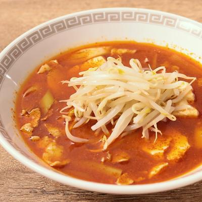 赤い辛さがやみつき 激辛豆腐スープ