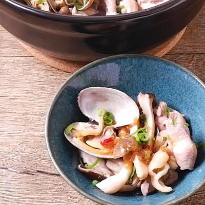 たっぷりキノコとアサリの中華風蒸し鍋