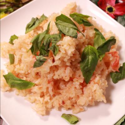炊飯器で簡単に作れちゃう!丸ごとトマトのチーズリゾット風